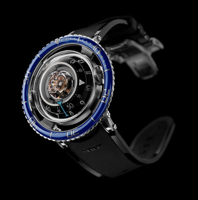 MB&F: Horological Machine No.7 (HM7 Aquapod)