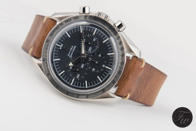 Omega: Speedmaster Professional '57 'Broad Arrow' Re-Edition (Referenz 3594.50) am Hodinkee-Vintageband