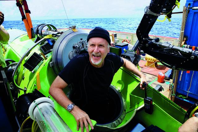 2012 begleitete die Sea-Dweller Deepsea Challenge den Regisseur James Cameron in 10.898 Metern Tiefe.