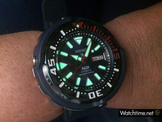 Hands-on: Seiko Prospex Divers Automatik PADI Special Edition bei Nacht