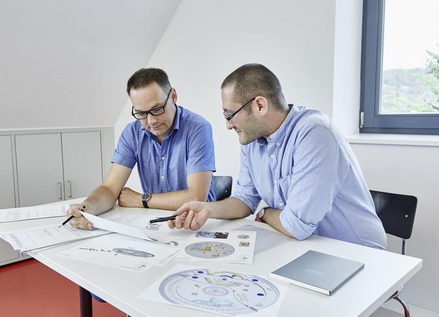 Nomos Glashütte: Mirko Heyne und Theodor Prenzel