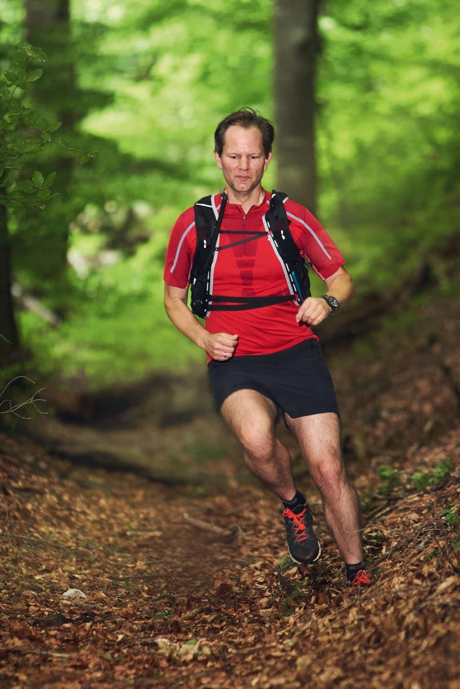Chronos-Redakteur Jens Koch arbeitet seit 2001 für das Magazin. Wenn er keine Uhren testet, taucht er oder läuft durch den Wald.