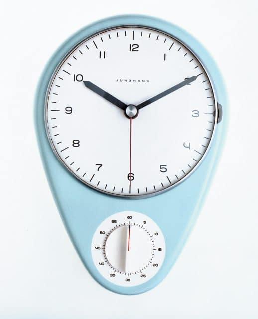 Max Bills erste Uhr: Die Junghans Küchenuhr mit Kurzzeitmesser von 1956 hat Design-Geschichte geschrieben.