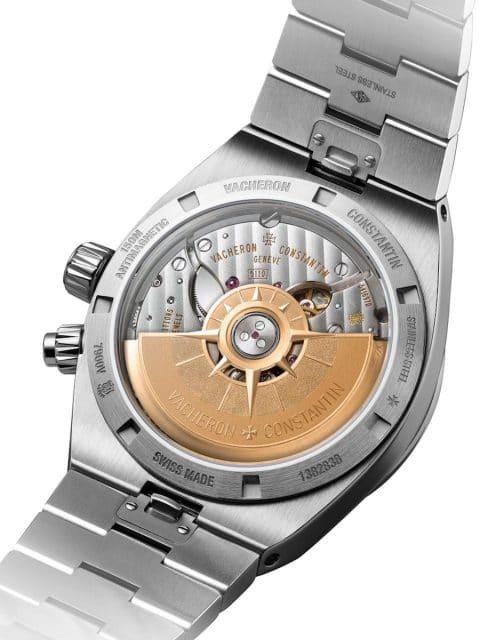Das Kaliber 5110 DT besitzt eine Schwungmasse aus 22-karätigem Gold und eine Gangreserve von 60 Stunden.