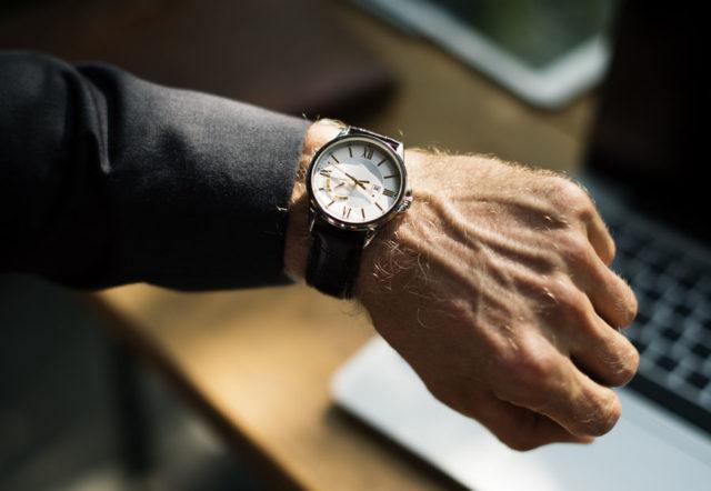 Wirkung von Uhren