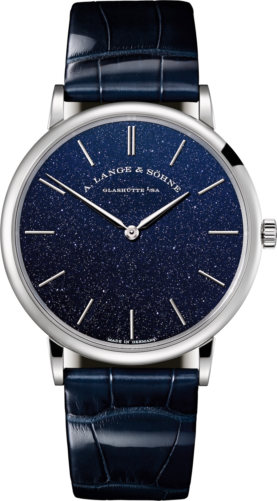 Die A. Lange & Söhne Saxonia Thin Blue besitzt ein dunkelblaues, schimmerndes Zifferblatt.