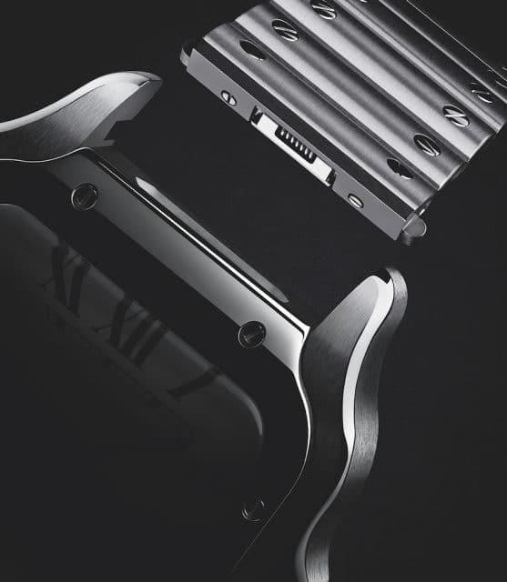 Cartier nennt sein Bandwechselsystem Quick Switch und liefert gleich zwei Bänder zur Santos de Cartier.