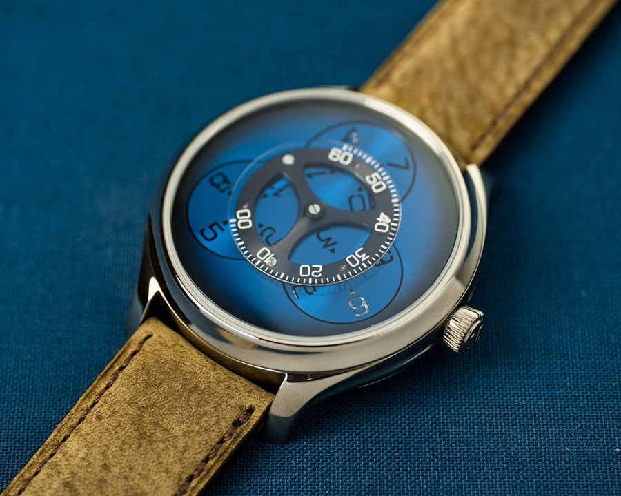 H. Moser & Cie.: Endeavour Flying Hours