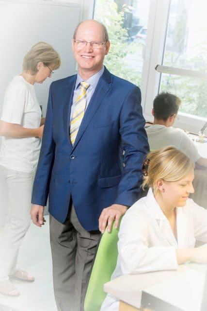 Der Macher: Seit 2012 besitzt der gelernte Uhrmachermeister Rainer-Udo Astrath die Markenrechte der Pforzheimer Uhrenschmiede.