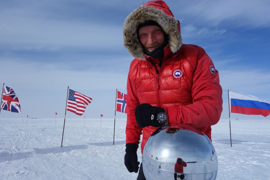Ben Saunders mit der Bremont Endurance am Südpol