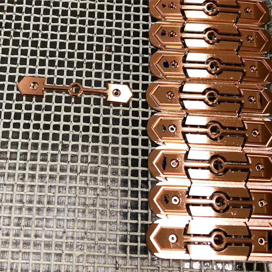 Girard-Perregaux: Herstellung der berühmten Goldbrücken