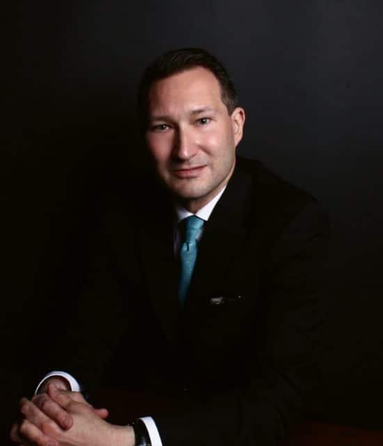 Mark Bernardo ist Redakteur des US-amerikanischen Magazins WatchTime.