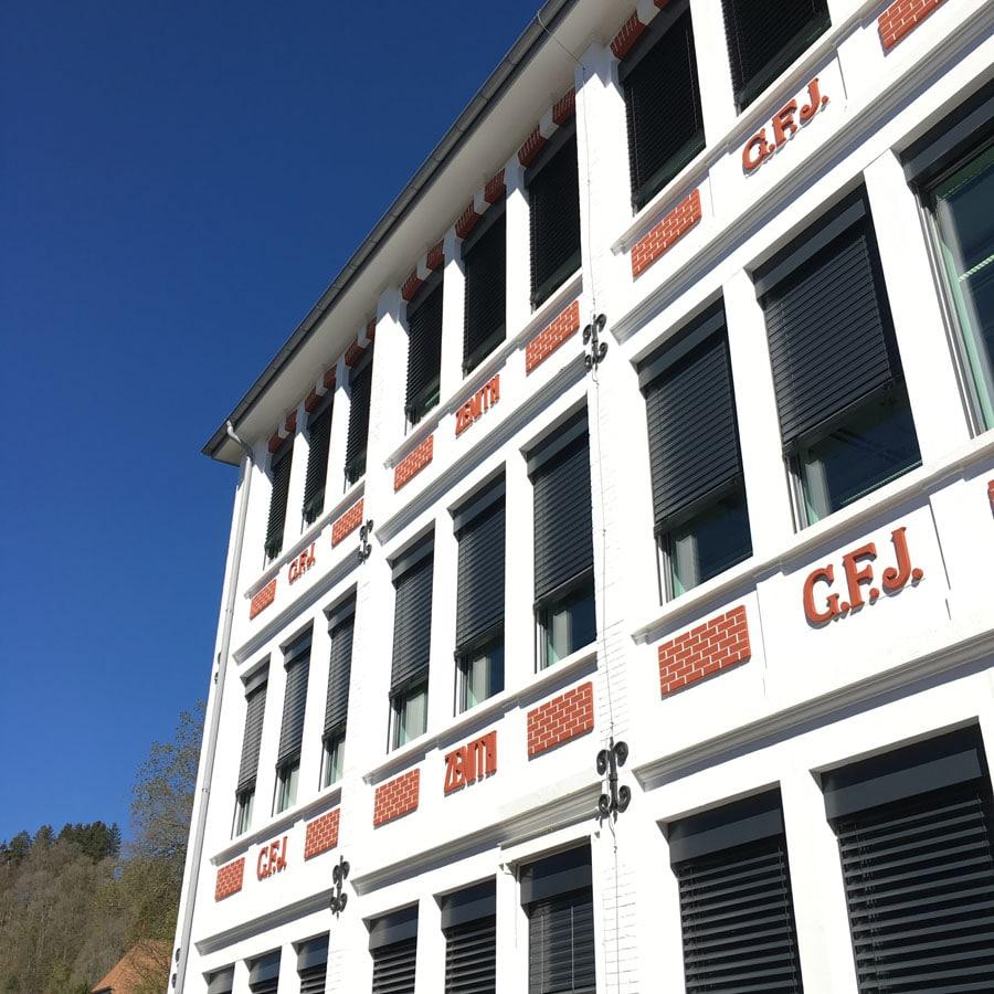 Zenith-Manufaktur Le Locle: G. F. J. steht für Firmengründer Georges Favre-Jacot