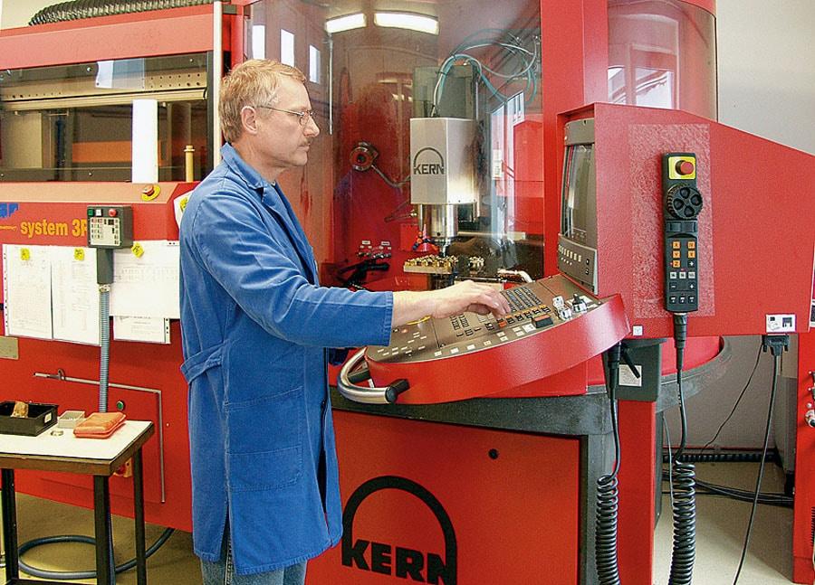Mühle-Glashütte: Produktion heute – modernes Bearbeitungszentrum