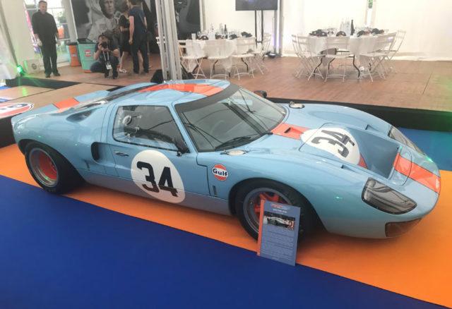 Das Siegerfahrzeug von Le Mans von 1968: Ford GT40 mit Gulf-Lackierung