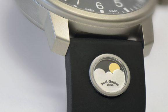 Paul Gerber: EPR 52 Micro-Mondphase, integriert im Armband