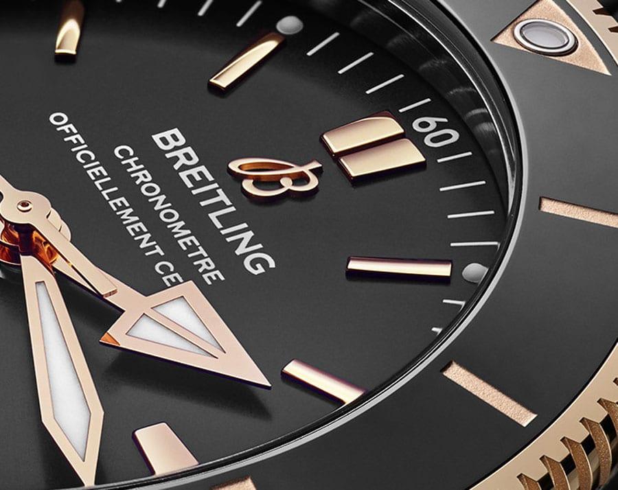 Breitling: Superocean Héritage II mit altem, neuen Logo und neuer Lünette