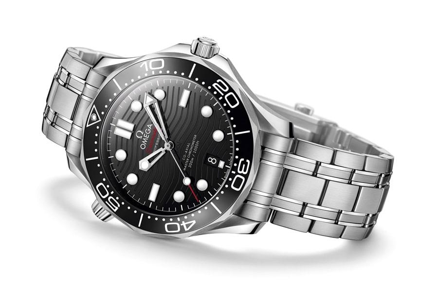 Omega: Seamaster Diver 300M