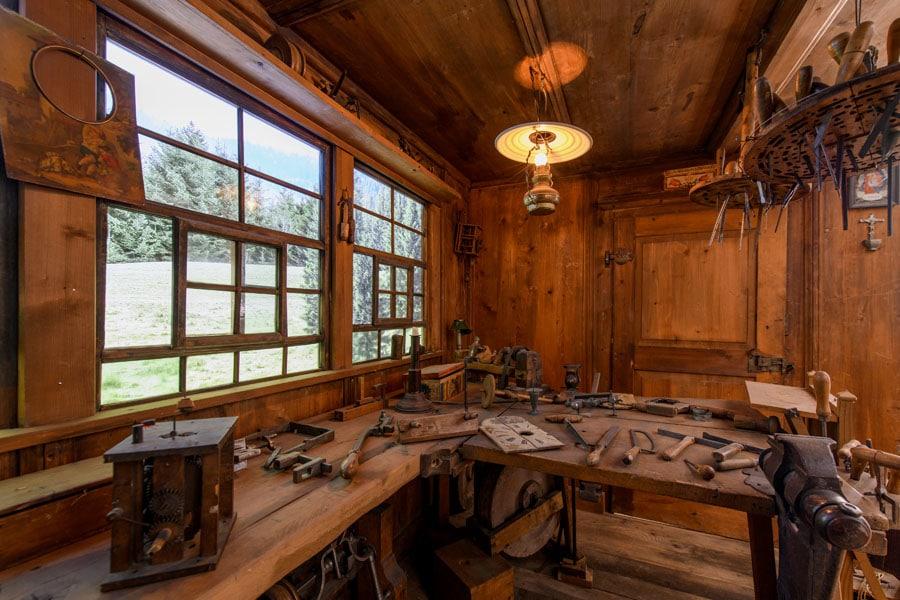 Schwarzwälder Uhrmacherwerkstatt aus dem 18. Jahrhundert, Terrassenbau Museum Junghans