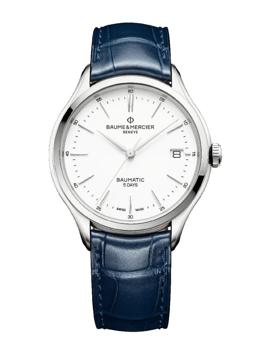 Baume & Mercier: Clifton Baumatic M0A10398 in Edelstahl mit Lederband, 2.600 Euro