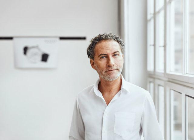 Der renommierte Designer Werner Aisslinger gestaltete für Nomos Glashütte die Autobahn neomatik Datum