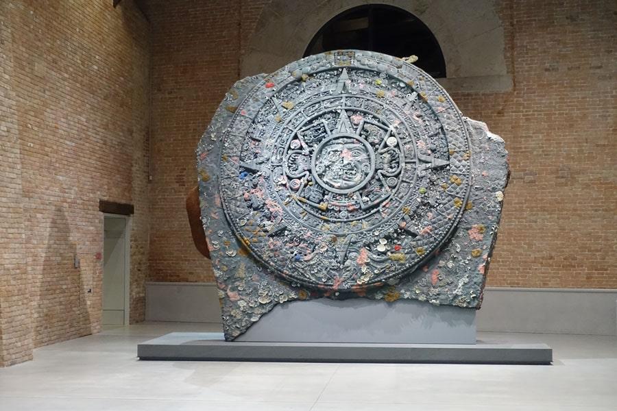 "Damien Hirst: Ausstellung ""Treasures from the Wreck of the Unbelievable"" in der Punta della Dogana, Venedig 2017"