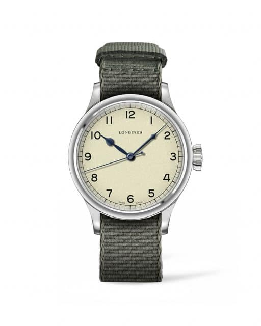 The Longines Heritage Military mit Stoffband