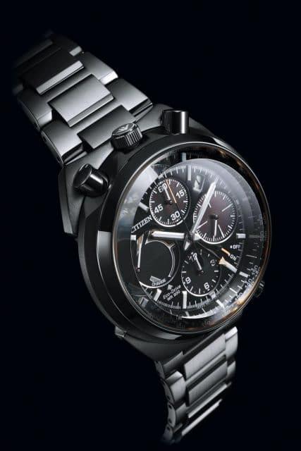 Neue Bullhead-Uhr: Promaster Land Eco-Drive Flyback Chronograph (695 Euro)