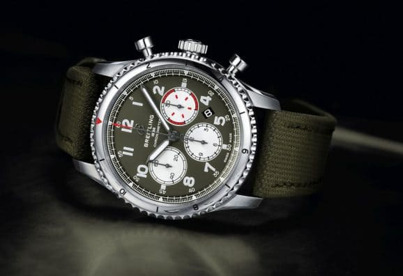 Breitling: Aviator 8 B01 Chronograph 43 Curtiss Warhawk