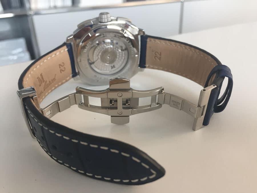 Schlicht und ergreifend: Das Armband ist geprägt und endet in einer Standard-Faltschließe