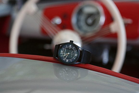 Porsche Design 1919 Datetimer 70Y Sports Car Limited Edition im ersten Porsche 356