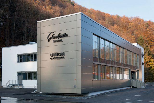 Standort Glashütte: Union teilt sich mit einer Abteilung der Schwestermarke Glashütte Original ein modernes Fertigungsgebäude