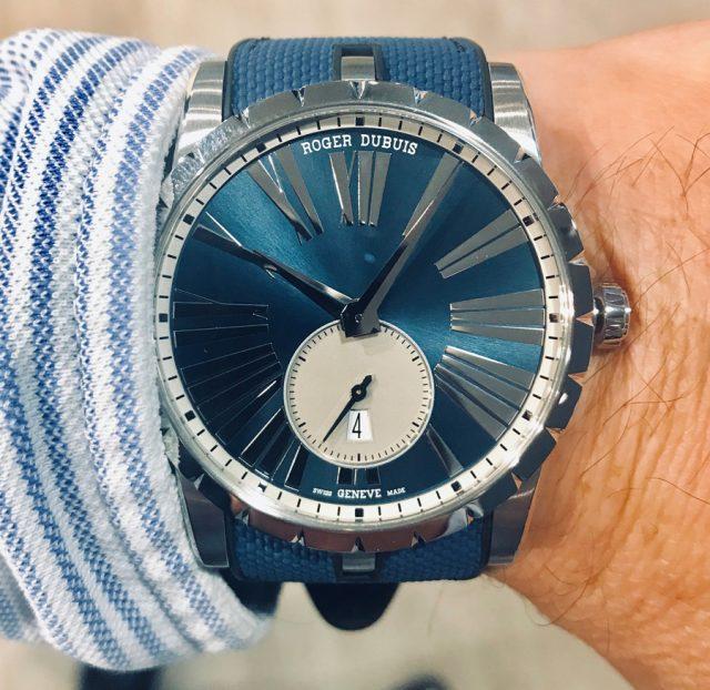 Wristshot der Excalibur 42 Automatic Bucherer Blue Editions