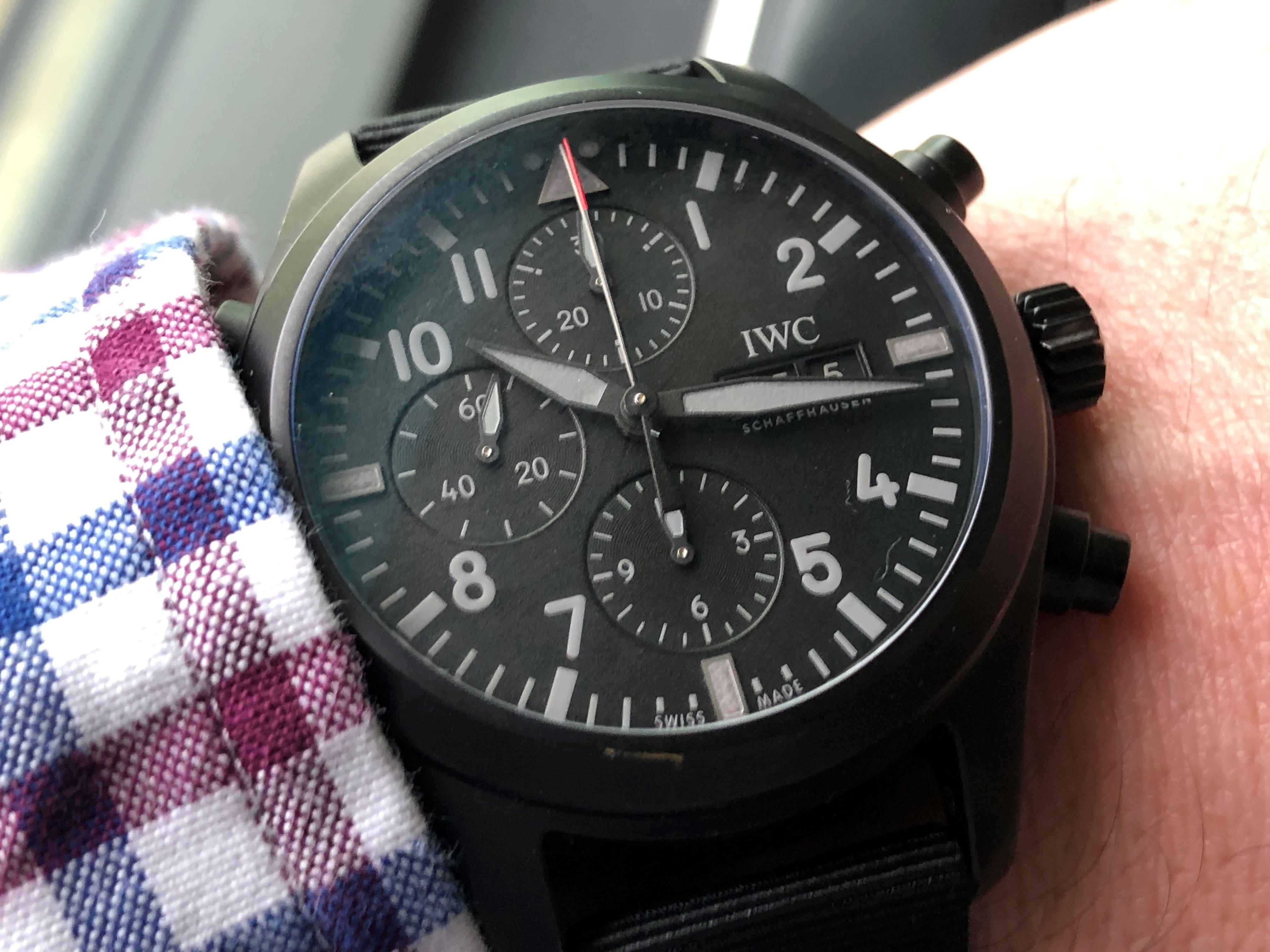 IWC Pilot's Watch Double Chronograph Top Gun Ceratanium am Arm