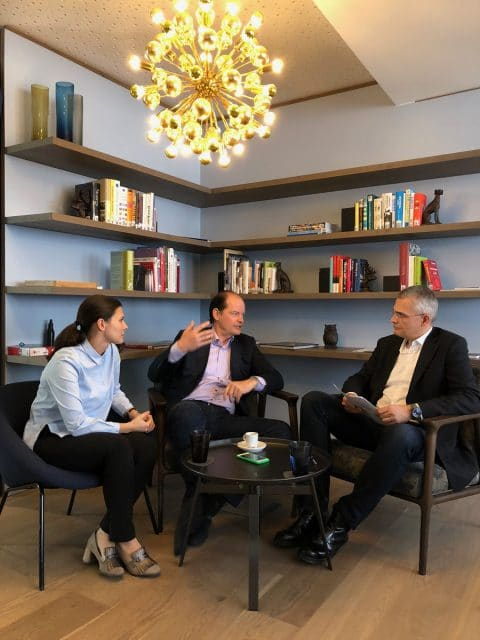Interview: Rüdiger Bucher mit Dr. Judith Meyer und Klaus-Dieter Koch von BrandTrust in ihrem Nürnberger Büro