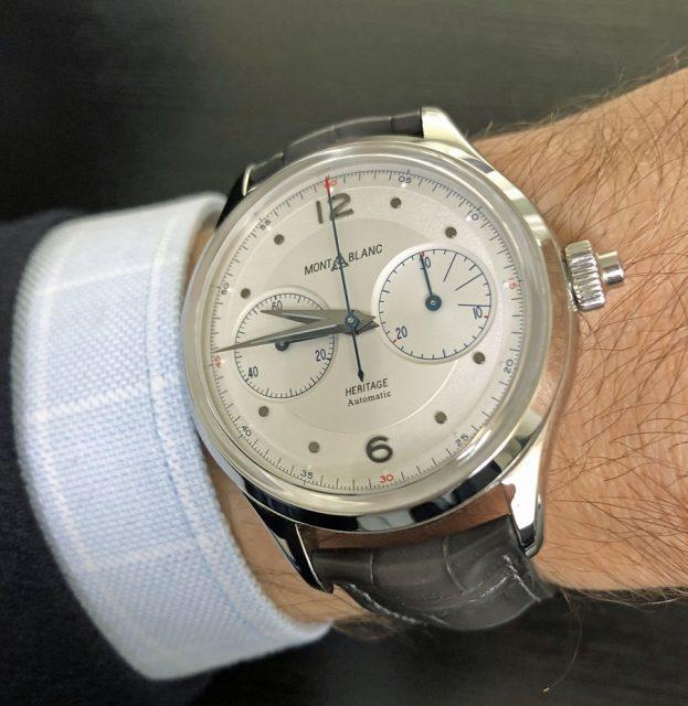 So sieht der Montblanc Heritage Monopusher Chronograph am Handgelenk aus