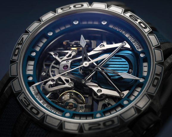 Vom V-12-Motor des Lamborghini Aventador S inspiriert: Die Excalibur Aventador S Bucherer Blue Editions.