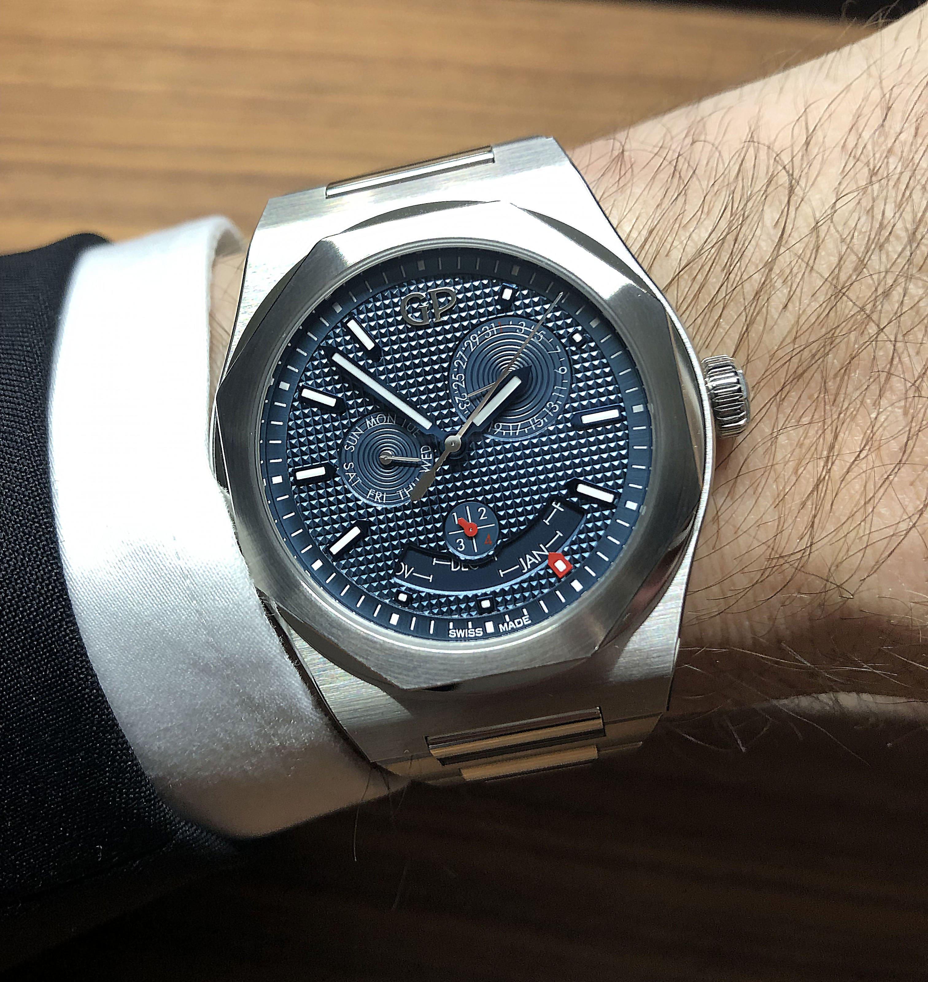 Girard-Perregaux Laureato Perpetual Calendar Wristshot
