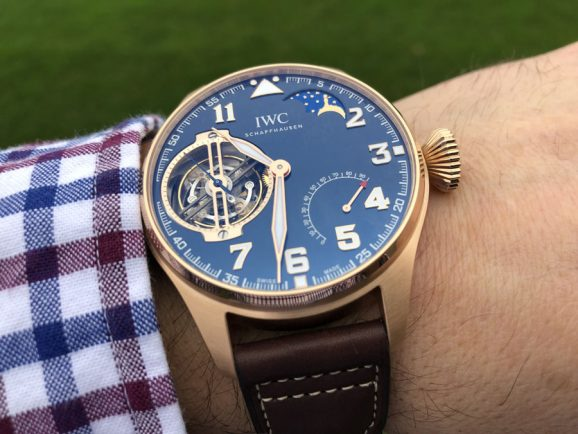 "Wristshot der IWC Big Pilot's Watch Constant-Force Tourbillon Edition ""Le Petit Prince"""