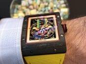Richard Mille Bonbon RM 16-01 Automatic Fraise am Handgelenk