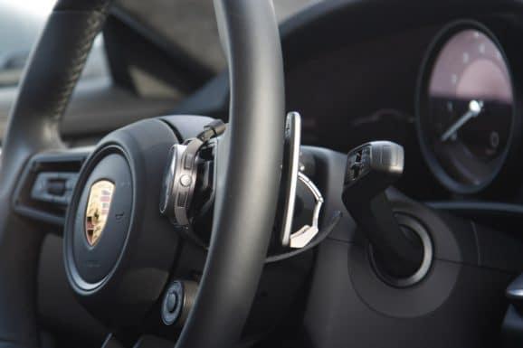 Porsche Design 911 Chronograph Timeless Machine Limited Edition im neuen Porsche 911 (992)