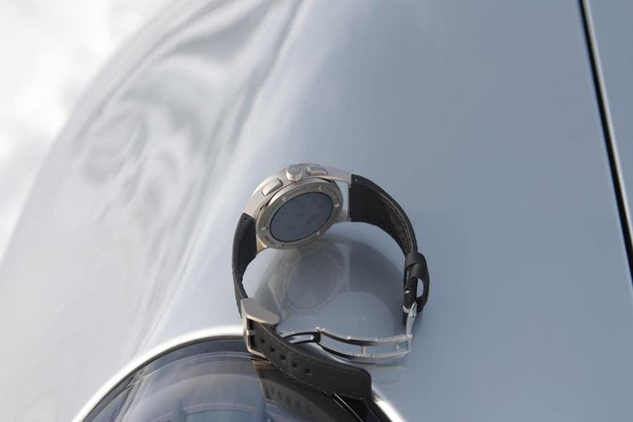 Porsche Design 911 Chronograph Timeless Machine Limited Edition mit getöntem Saphirglasboden