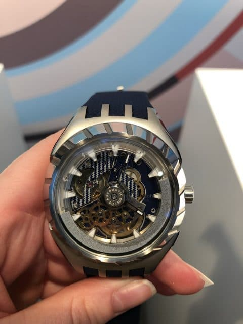 Live-Bild der Swatch Flymagic in Blau