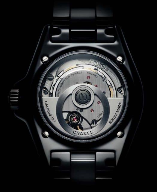 Das neue Chanel-Kaliber 12.1 mit seiner markanten kreisrunden Schwungmasse.