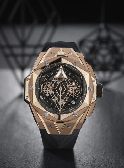 Hublot: Big Bang Sang Bleu II King Gold