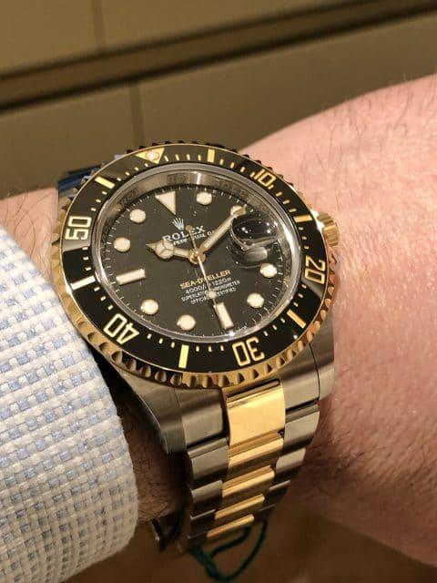Wristshot der Rolex Oyster Perpetual Sea-Dweller Bicolor