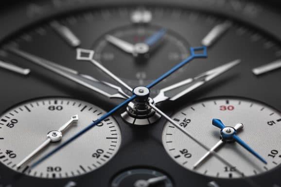 A. Lange & Söhne: Triple Split - Kleine Sekunde links, Stoppminutenzähler rechts, zwei Sekundenzählzeiger aus der Mitte