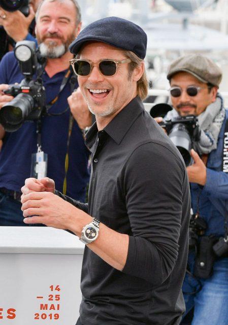 Brad Pitt trägt Breitling