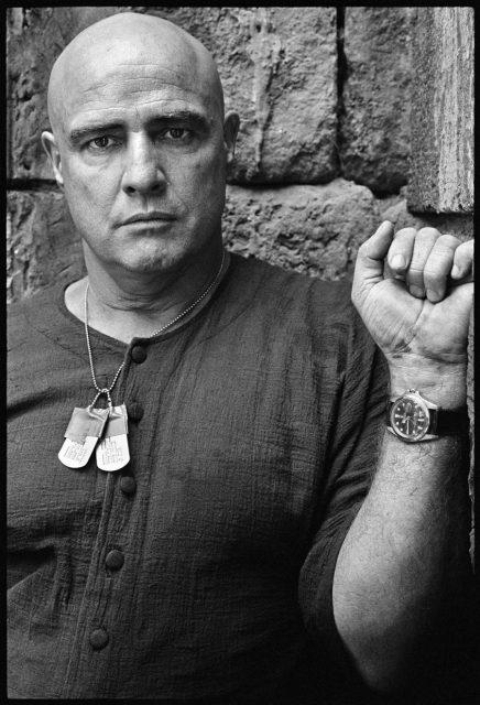 """Marlon Brando mit seiner Rolex GMT-Master am Set von """"Apocalypse Now"""""""