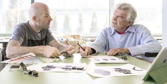Stowa: Inhaber Jörg Schauer mit dem ehemaligen Apple-Designer Hartmut Esslinger